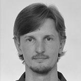 Headshot of Kamil Bajda Pawlikowski, CTO of Starburst Data